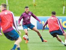 England opportunity knocks for Alli, Walcott