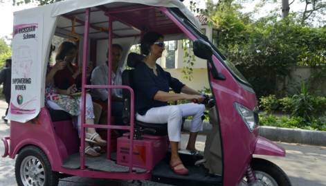 Women hold 'rickshaw rally' to seek empowerment