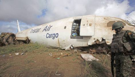 Egyptian cargo plane crash-lands in Somalia