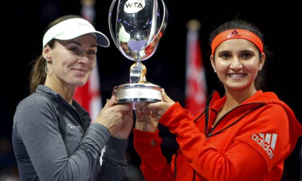 Mirza, Hingis clinch ninth title at WTA Finals