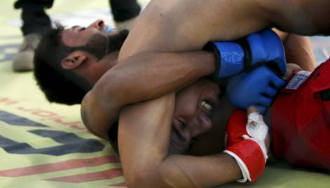 Young men compete at Iraqi Fighting Championship
