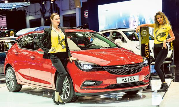 Dubai International Motor Show in pictures