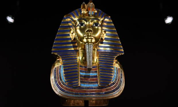 Replicas of King Tutankhamun'on show in New York