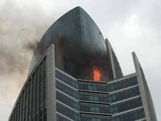Fire erupts at Regal Tower in Dubai