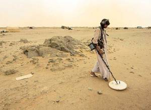 Sudan's gold rush drives many to desert