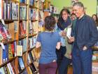 Obamas buy books on Small Business Saturday