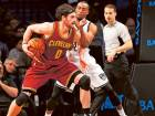 Cavaliers bounce back, Warriors march on