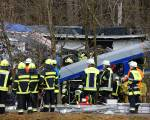 Many dead and injured in train crash