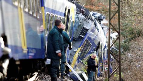 Eight dead, several hurt in Germany train crash