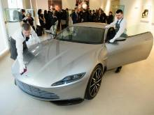 James Bond car shakes auction sale