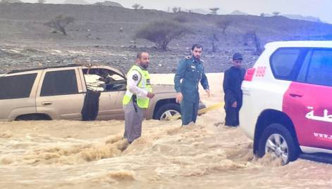Pictures: Heavy rain lashes UAE