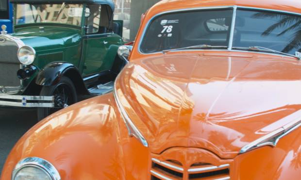 Classic cars flex their muscle in Dubai