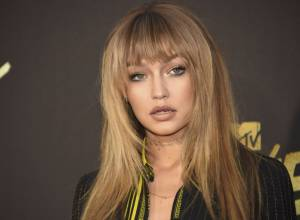 Gigi Hadid plans break to tour with Zayn Malik