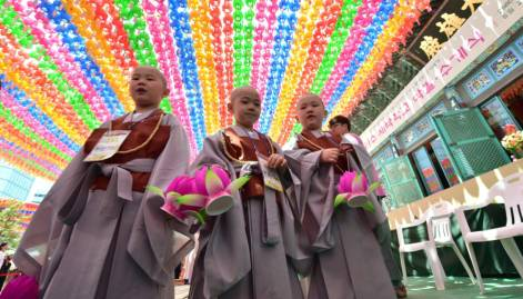 Children becoming Buddhist Monks