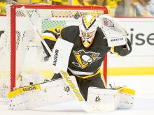 Murray the hero as Penguins hang on