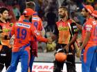 Sunrisers and Lions shake hands