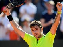 Wawrinka hits form for French Open title defence
