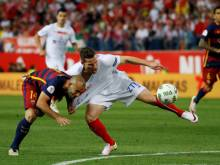 Barcelona edge out Sevilla in Cup final