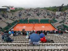 Rain wipes out day's play at French Open
