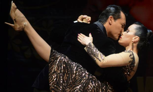 Pictures: Let's dance the tango