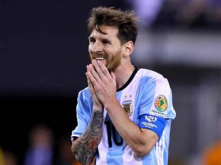 Messi: For me the national team is over