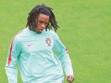 Teen Sanches may emerge from Ronaldo's shadow