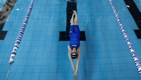 Palestinian swimmer heads to Rio