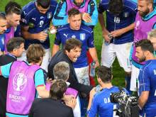 Mournful Conte bids farewell to Italy after loss
