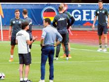 Bierhoff: France favourites but Germany unfazed