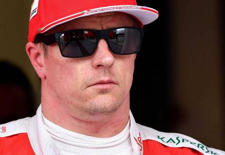Raikkonen signs new Ferrari deal for 2018