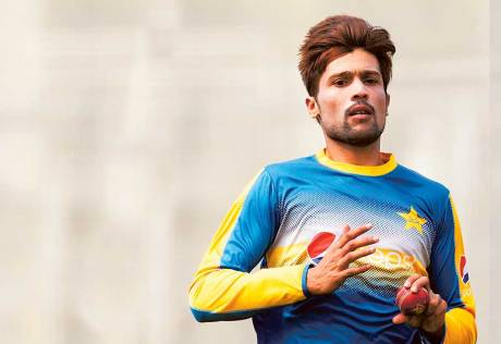 Amir gets the team behind him for Lord's return