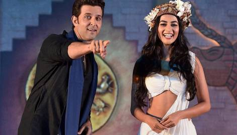 Hrithik and Pooja promote 'Mohenjo Daro'