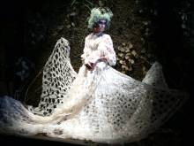 India couture: Anamika Khanna weaves romance