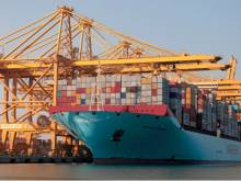 Dubai shipping volumes fall for third quarter