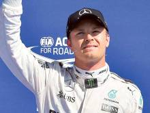 Rosberg breezes to third straight pole position