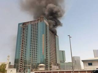 Fire breaks out at building in Abu Dhabi