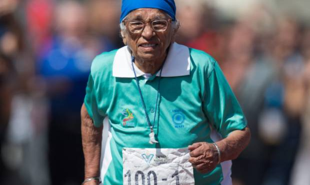 100-year-old sprinter inspires others