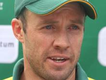 De Villiers back from injury to face Aussies