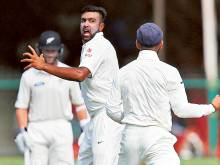 Jadeja and Ashwin put New Zealand in a spin