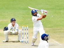 India tightens grip on New Zealand in first Test