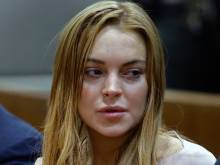 Lindsay Lohan visits Syrian refugees in Turkey