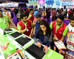 Pictures: Day 1 of the 2016 Winter Gitex Shopper