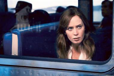 'The Girl on the Train' movie review
