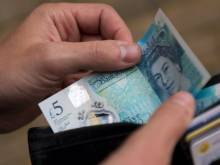 British expats not worried by tumbling pound