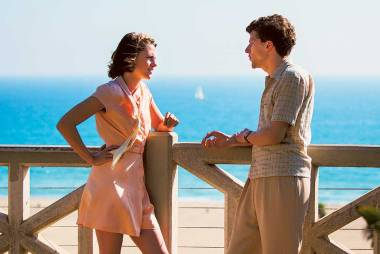 'Cafe Society' film review: A disjointed meander