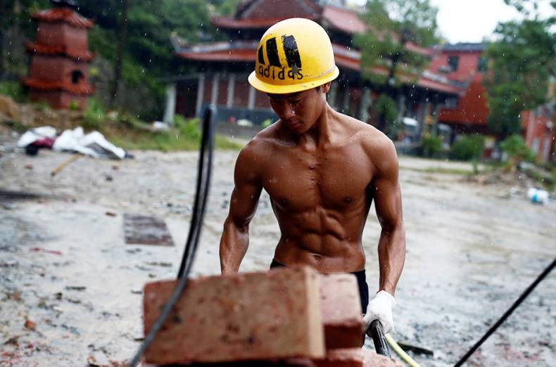 copy-of-2016-10-11t100328z-495163348-s1beugiknwab-rtrmadp-3-china-fitness-builder