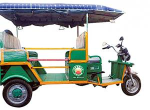 In Kochi, a solar rickshaw glides to the rescue