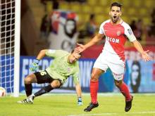 Falcao fires on return as rampant Monaco win 6-2
