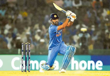 Dhoni admits losing ability to rotate strike