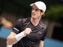 Murray beats Simon in quest for World No 1 spot